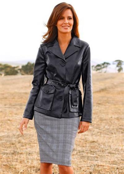 Кожаные куртки женские, куртки с мехом, модные куртки.  Купить.