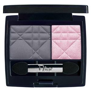 Центральный элемент коллекции - палетка для макияжа глаз Dior Jazzclub.  В изящную стильную сумочку-клатч заключены...