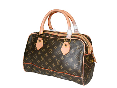 В настоящее время, владение любой сумочкой Луи Витон это уже показатель...