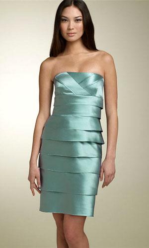 Модные модели, фасоны платьев 2012 - фото.