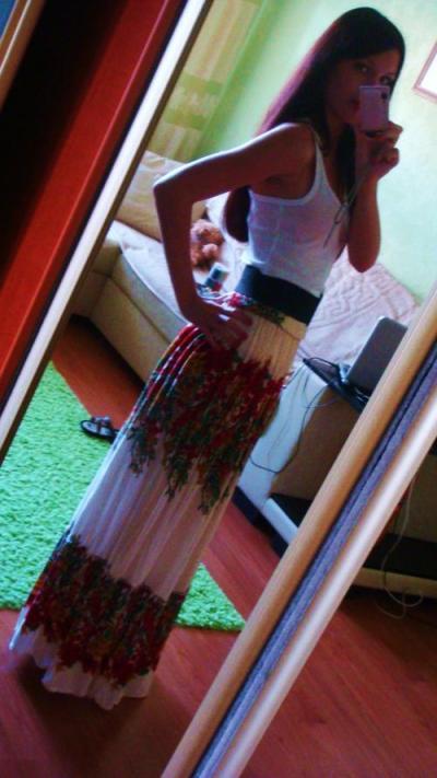 Благодаря вам я решилась и перешила сарафан в юбку...