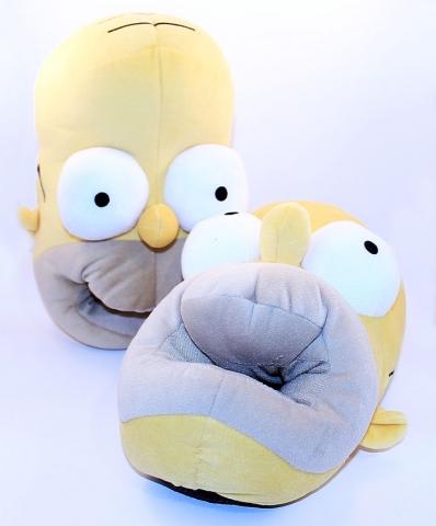 Всемирно известный Гомер Симпсон, теперь у ваших ног! .