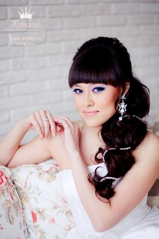 быстрые прически на короткие волосы своими руками. свадебные прически на средние волосы с локонами фото.