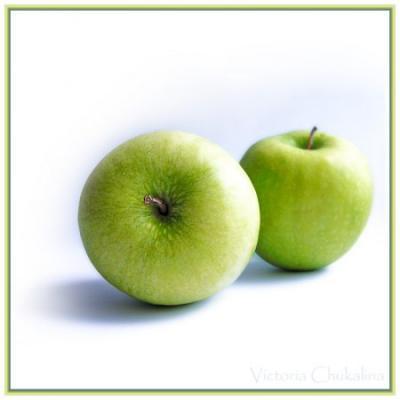 Яблоки, пожалуй, самый популярный, демократичный и любимый фрукт в мире.  А еще - необыкновенно целебный.