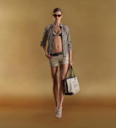 Женская одежда осень-зима 2011-2012 от Gucci.  Лукбук.