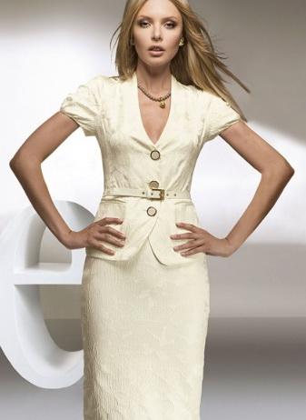 Насчет одежды - я вижу вас в такой одежке (комфортная длина юбок...