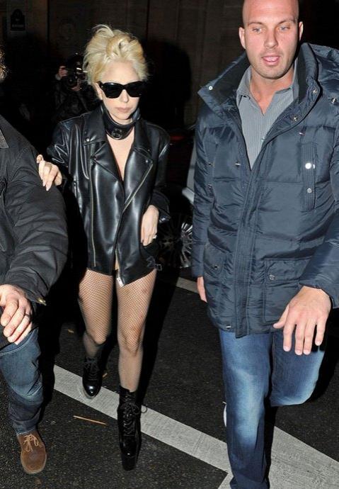 И зрители, и журналисты остались невероятно довольны визитом Леди Гага.