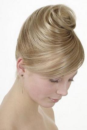 ...видео касичко плетени с челкой: технология косичек на длинные волосы на последний звонок, голые с косичками фото.