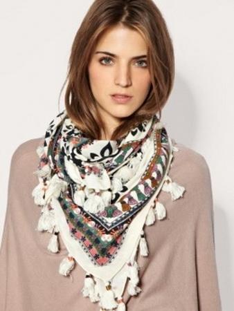...завязывания палантина, но и для шарфа.