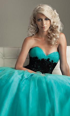 Бирюзовое платье - фото.