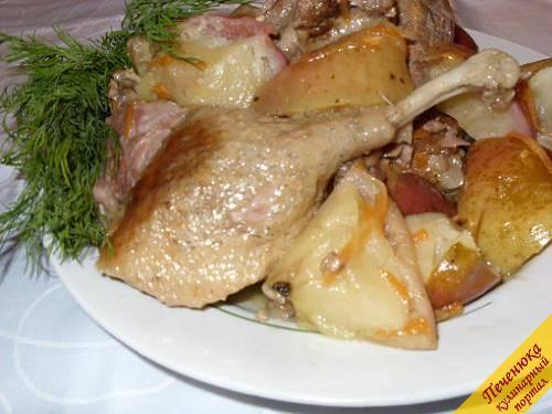 Утка тушеная с яблоками пошаговый рецепт