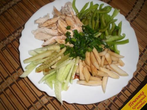 Салат с куриной грудкой и яблоком рецепт пошагово
