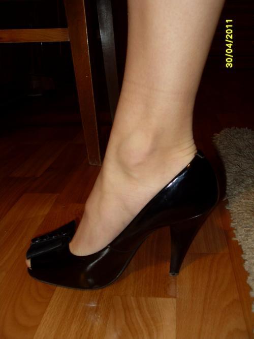 ������ � �������� �� ����� (Shoes) - ��� ������