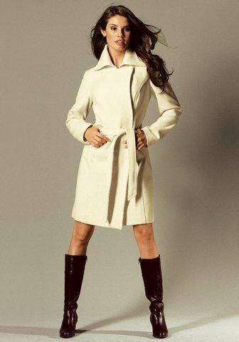В магазине одежды для полных женщин LOOK LIKE вы можете приобрести наряды на все случаи жизни.  Телефоны в Москве: 8...
