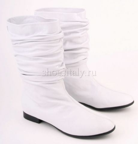 Белые сапоги на фото | Модная обувь