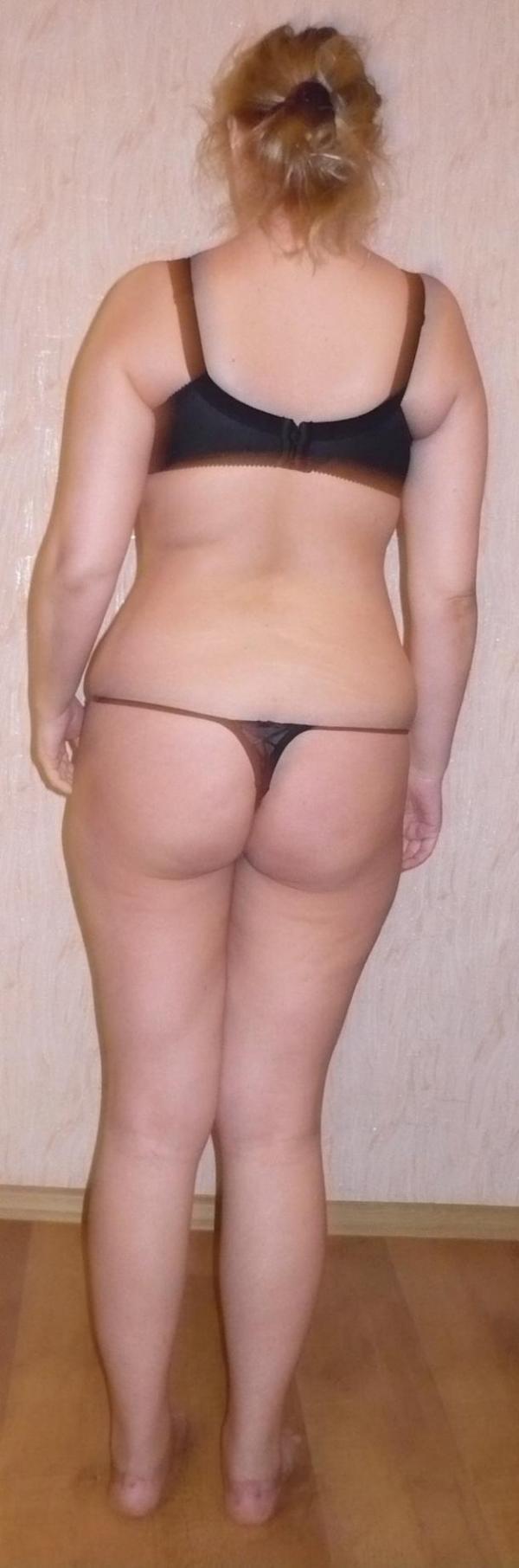 Толстые попы в стрингах 9 фотография