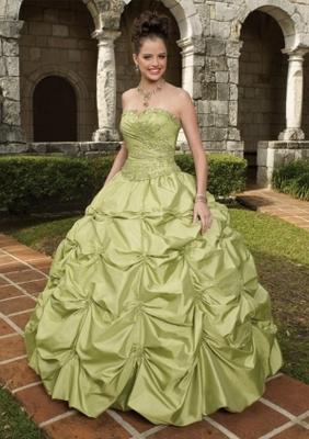 Свадебный наряд - модные тенденции и советы дизайнеров.