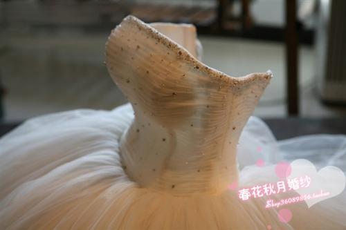 так выглядит Свадебное платье, этот товар можно купить в интернет...