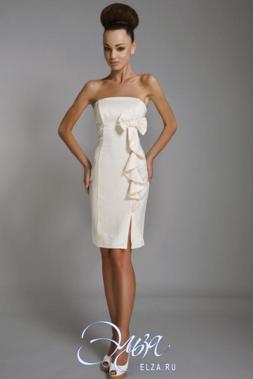 Свадебное платье Кати - цена 13600 рублей, Короткие, цвет белый...