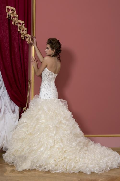 Свадебные платья - «Свадебный переполох» Таганрог. Купить свадебные