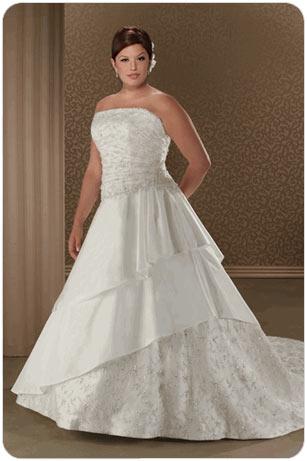 Свадьба в Одессе: свадебные платья для полных (фото)