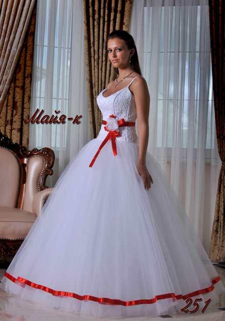 Wedding Saloon :: Свадебное платье с красным бантом - Свадебные
