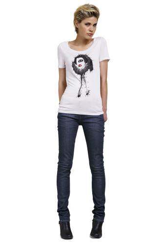 Как подобрать джинсы по фигуре для высоких женщин.