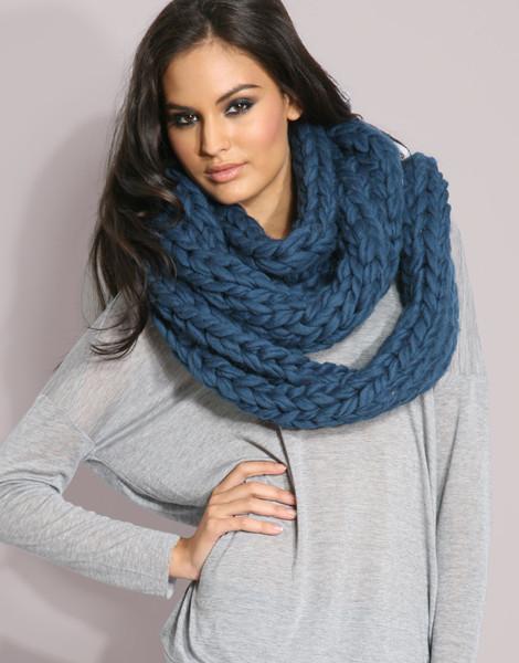 связать шарф хомут спицами - Сумки.