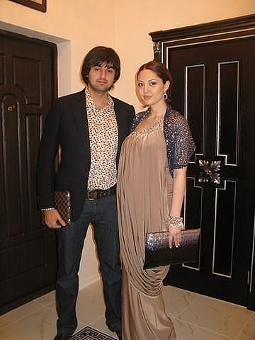 Фото кавказских семейных пар фото 337-275